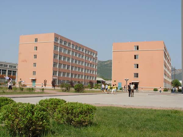 大学生公寓图片